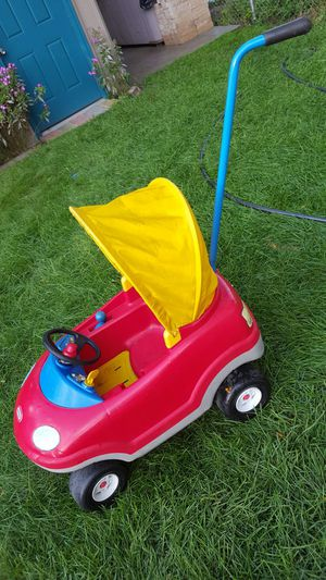 Kids car 2 in 1 for Sale in Warren, MI