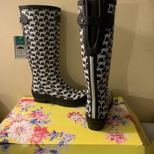 Printed Rain Boots With Adjustable Back Gusset for Sale in Richmond, VA