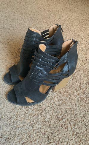 Qupid Womens Peep toe Chunky Heel. for Sale in Waynesville, MO