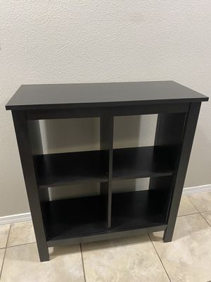 Wooden cabinet for Sale in Clermont, FL
