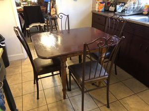 Table with 3 chairs for Sale in Peoria, IL