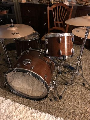 Vintage Drum Set with New Zildjian Cymbals Hardware Included for Sale in Murfreesboro, TN