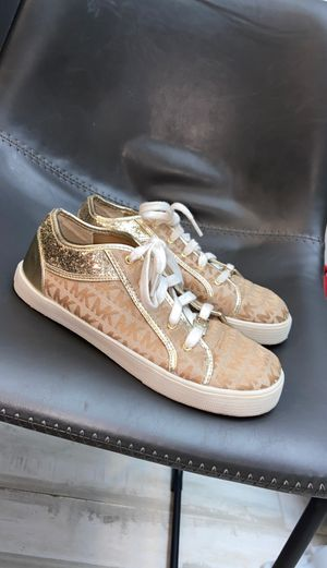 Michael Kors sz 7 MK Sneakers for Sale in Las Vegas, NV