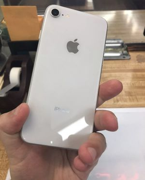 Apple iPhone 8 - 256GB - Silver (Unlocked) A1864 (CDMA + GSM) for Sale in Hyattsville, MD