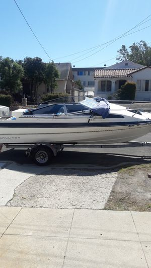 1986 19 ft. Bayliner capri pleasure craft boat and trailer for Sale in San Pedro, CA