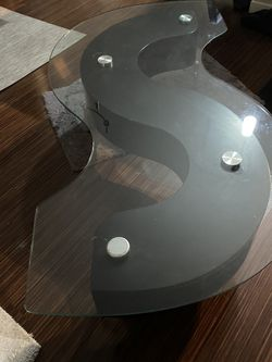 Glass S shape cocktail table & 1 End table for Sale in Highland Hills,  OH