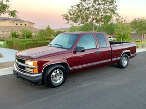 1997 Chevy Silverado Extended Cab 3rd Dr V8 Vortec for Sale in Las Vegas, NV