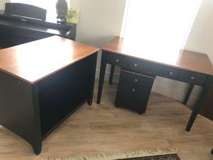 Desk - solid construction for Sale in Dallas, TX