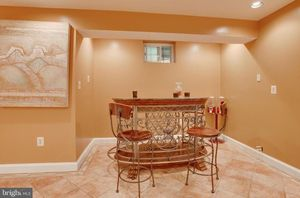 Stunning Marble, wood and iron bar for Sale in Upper Marlboro, MD