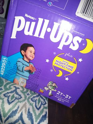 Huggies Overnight Pull Ups for Sale in Cleveland, OH