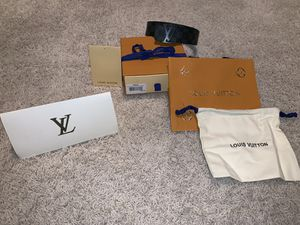 "Louis Vuitton Belt Excellent Condition 90cm 28-32""w for Sale in Woodbury, MN"