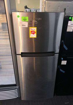 Whirlpool Model:WRT111SFDM03 Top Freezer Refrigerator C5K3 for Sale in Fort Worth,  TX