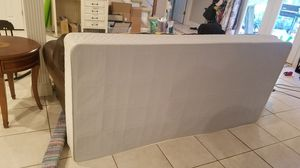 XL Twin Box Spring for Sale in Mount Vernon, IN