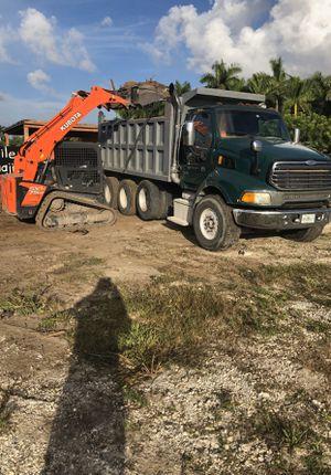 Bobcat y excavadora servi for Sale in Miami, FL
