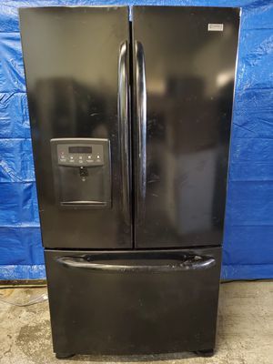 Counter depth black fridge good working conditions *bottom handle little lose but fridge and freezer working good for Sale in Denver, CO