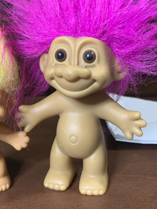 Troll Dolls Russ 1990 pink hair troll and yellow hair troll