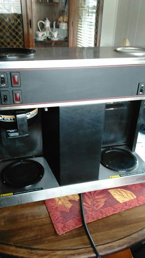 Bunn coffee maker 3-burner for Sale in Sissonville, WV