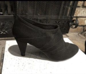 Black Booties- Size 8 for Sale in Fontana, CA
