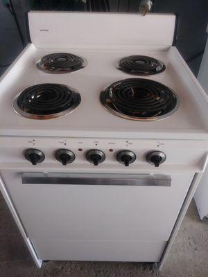 Apartment size elect stove for Sale in Saginaw, MI