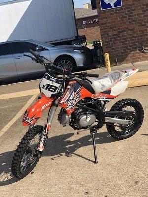Apollo x18 dirt bike on sale for Sale in Grand Prairie, TX