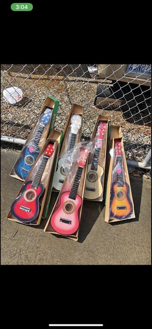 Acoustic guitar 23 inch for kids $20 each for Sale in Livermore, CA
