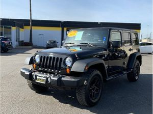 2011 Jeep Wrangler Unlimited for Sale in Garden Grove, CA