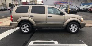 2005 DODGE DURANGO SLT AWD 3rd row sunroof for Sale in Oxon Hill, MD