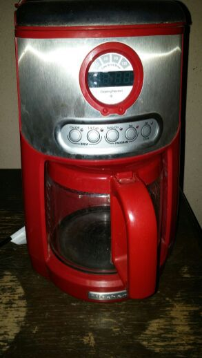 5 bucks coffee maker for Sale in Los Angeles, CA