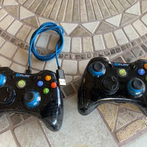 WIRED XBOX 360 CONTROLLERS for Sale in Phoenix, AZ
