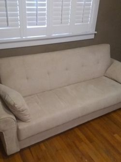 Futon Couch Bed for Sale in Tacoma,  WA