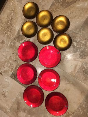 NEW Crate & Barrel Marrakech Shimmer Gold Red Glass Plate Holiday Dinnerware Set for Sale in Tampa, FL