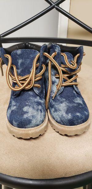Blue jean color girls boots sz7 for Sale in Jacksonville, FL