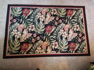 "Indoor outdoor area rug 53""x 79"" for Sale in Federal Way, WA"