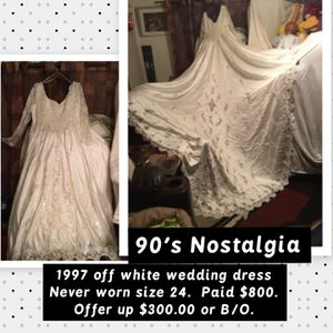 90's off white wedding dress never worn. for Sale in Copperton, UT