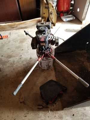 2 man post hole auger for Sale in Sioux Falls, SD