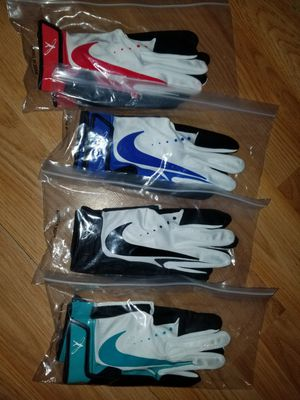 Brand New Nike Youth Swingman Baseball Batting gloves Pick your Color Youth Large for Sale in La Puente, CA