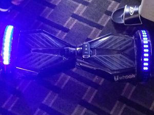 Hoverboard with Bluetooth charger work good for Sale in Memphis, TN