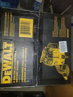 Dewalt 9gal wet/dry vaccuum for Sale in Arlington, VA