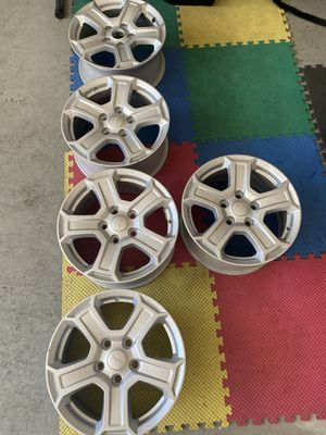 5 Jeep Wheels for Sale in Spring Branch, TX