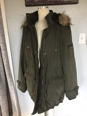 DKNY SIZE LARGE for Sale in Los Angeles, CA