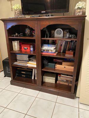 2 Wood Bookshelves for Sale in Miami, FL