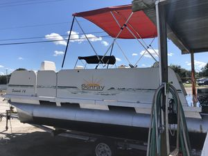2001 16' Sunray pontoon for Sale in Ruskin, FL