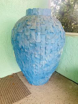 Marble vase XL for Sale in Winter Haven,  FL