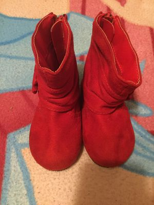 LITTLE GIRLS RED BOOTS SIZE:2 for Sale in San Bernardino, CA