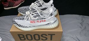 Adidas Yeezy Zebra Sz 11 for Sale in Wichita, KS