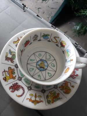 Fortune telling cup and small plate set for Sale in Pasadena, CA