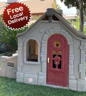 Step 2 playhouse play house for Sale in Bloomington, CA