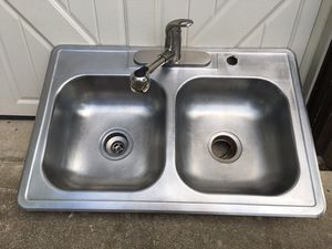 Kitchen sink for Sale in Fort Worth, TX