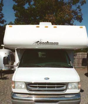 Urgent Sale 2OO2 Coachmen Catalina CamperWheels$1OOO for Sale in Charlotte, NC