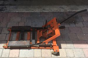 Motorcycle lift jack for Sale in Fort Lauderdale, FL